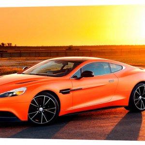 Картина на холсте Декор Карпаты Aston Martin 50х100 см (m809)