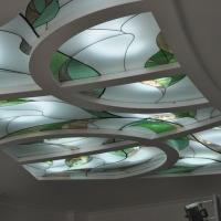 Витражный потолок сложной формы
